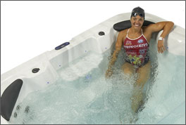 Swim Spa dual_zone 18 with swimmer in swim spa