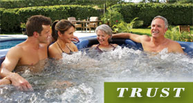 2 couples in a spa - Trust Image